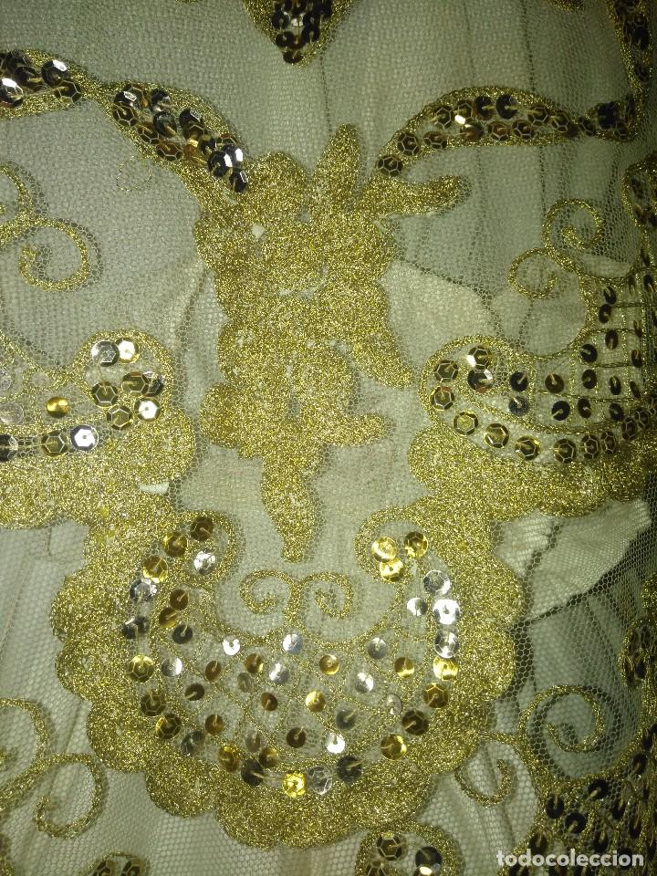 Antigüedades: Precioso conjunto de manteleta y delantal de indumentaria tradicional valenciana - Foto 13 - 127979439