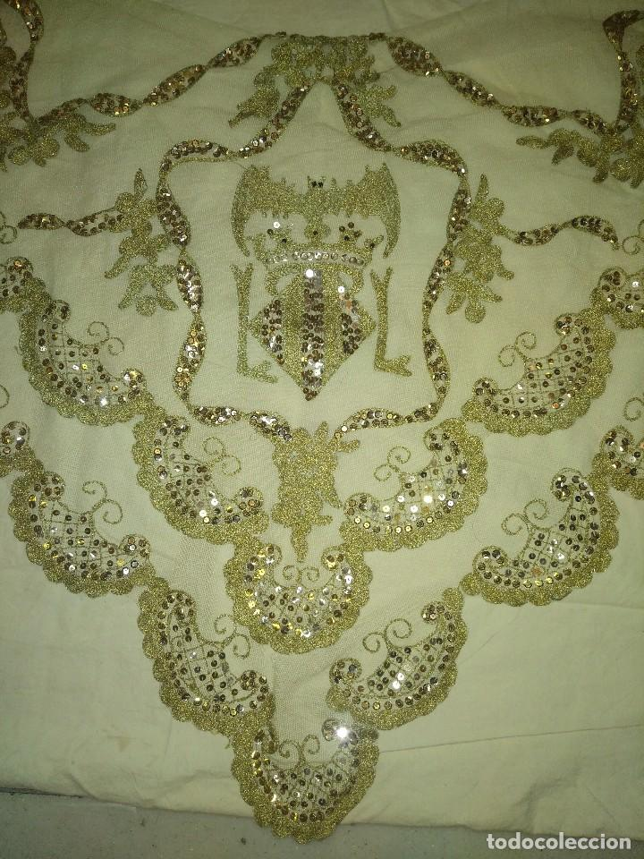 Antigüedades: Precioso conjunto de manteleta y delantal de indumentaria tradicional valenciana - Foto 24 - 127979439