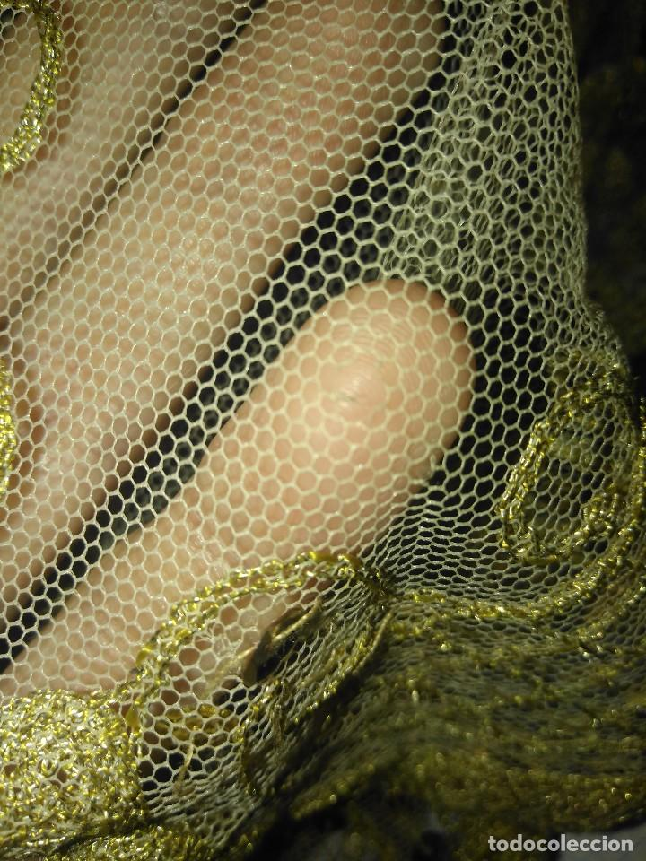 Antigüedades: Precioso conjunto de manteleta y delantal de indumentaria tradicional valenciana - Foto 31 - 127979439
