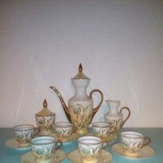 Antigüedades: JUEGO CAFE PORCELANA 6 SERVICIOS COMPLETO APEAN MADE IN SPAIN. Lote 128042463