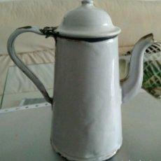 Antigüedades: TETERA O CAFETERA ESMALTADA.. Lote 128108871