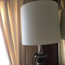 Antigüedades: LAMPARA DE SOBREMESA. Lote 128180211