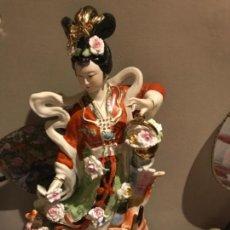 Antigüedades: GRAN FIGURA ANTIGUA CHINA, BISQUIT , PINTADA A MANO.. Lote 128188347