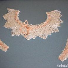 Antigüedades: PUNTILLA DE CROCHET - CUELLO Y MANGAS PARA CAMISÓN. Lote 128252663