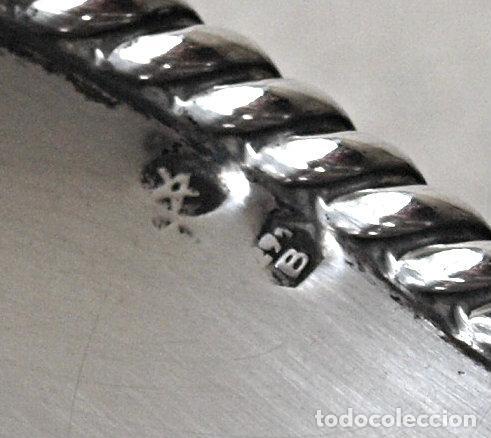 Antigüedades: BANDEJA O PLATO DE PLATA DE LEY CONTRASTADA.88 GRAMOS. 14 CM DIAMETRO. VER FOTOS Y DESCRIPCION - Foto 5 - 128313451