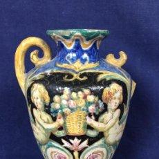 Antigüedades: JARRON CERAMICA CRATERA ESMALTADA QUIZAS ITALIA PPIO S XX PUTTI CESTAS FRUTAS MEDALLONES 16,5X13CMS . Lote 128360231