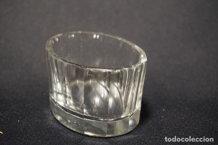 Antigüedades: Salero, especiero. Cristal tallado. Inglaterra. Siglo XIX. - Foto 6 - 128364603