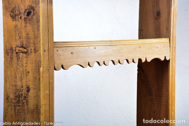 Antigüedades: Estantería antigua de madera - estilo rústico - Foto 6 - 128378123