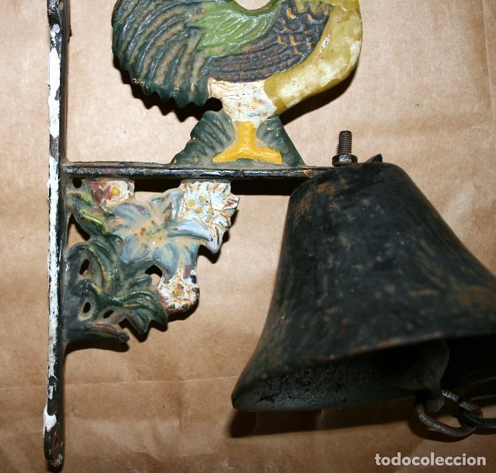 Antigüedades: Antiguo llamador de campana soporte de hierro - Foto 3 - 128378623