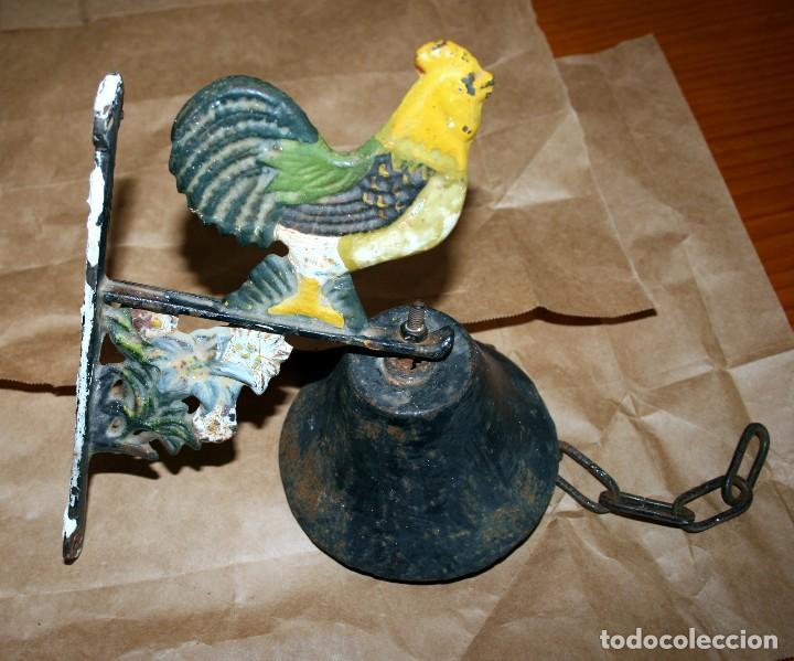 Antigüedades: Antiguo llamador de campana soporte de hierro - Foto 5 - 128378623