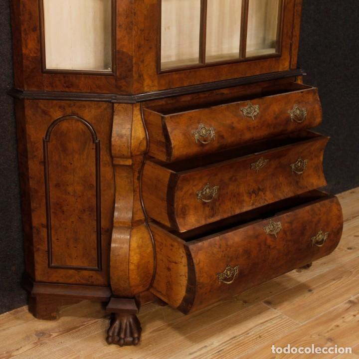Antigüedades: Vitrina holandés en madera de nogal, caoba y roble - Foto 6 - 128445331