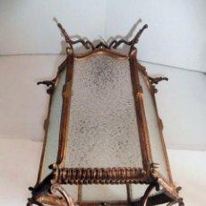 Antigüedades: LAMPARA FAROL DE TECHO DE BRONCE Y CRISTAL UNA LUZ AÑOS 60. Lote 128493675