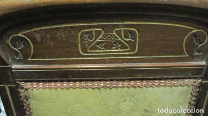 Antigüedades: PAREJA DE SILLAS DE VESTÍBULO, REALIZADAS EN MADERA DE CAOBA - THONET HERMANOS BARCELONA DEL XIX - Foto 11 - 128516223