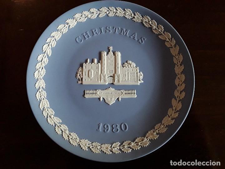 Antigüedades: Plato porcelana Wedgwood Navidad 1980 - Foto 2 - 128558759