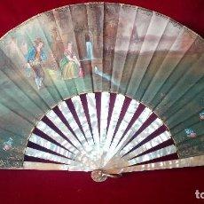 Antigüedades: ABANICO PINTADO A MANO, VARILLAJE EN NÁCAR. FIRMADO A. BASTIT.. Lote 128596363