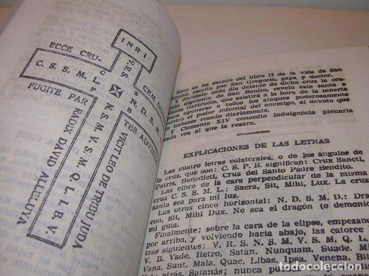 Antigüedades: ANTIGUA Y BONITA CRUZ DE CARAVACA CON LIBRO DE EXORCISMOS Y BENDICIONES. - Foto 13 - 128767015