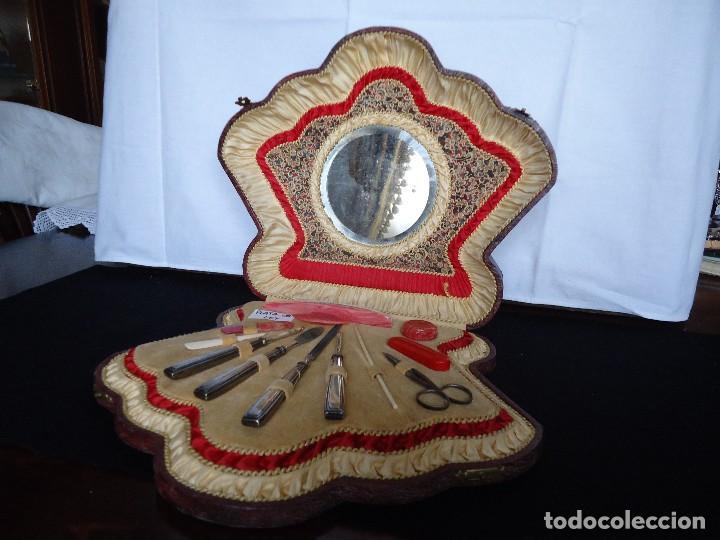 ESTUCHE ANTIGUO DE MANICURA EN PIEL CON UTENSILIOS DE PLATA (Antigüedades - Platería - Plata de Ley Antigua)