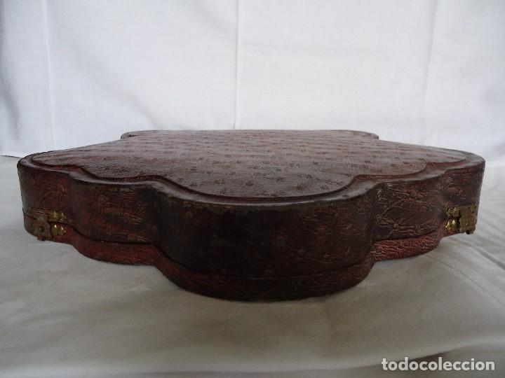 Antigüedades: ESTUCHE ANTIGUO DE MANICURA EN PIEL CON UTENSILIOS DE PLATA - Foto 7 - 128798283