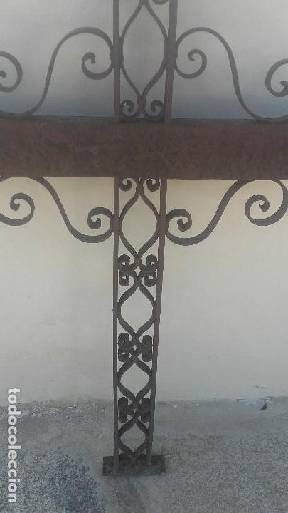 Antigüedades: Cruz de forja - Foto 4 - 128805307