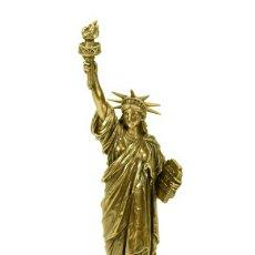 Antigüedades: PRECIOSA ESCULTURA ESTATUA DE LA LIBERTAD EN RESINA VERONESE Y PATINA BRONCE POLICROMADA.MUY BELLA!. Lote 128848654