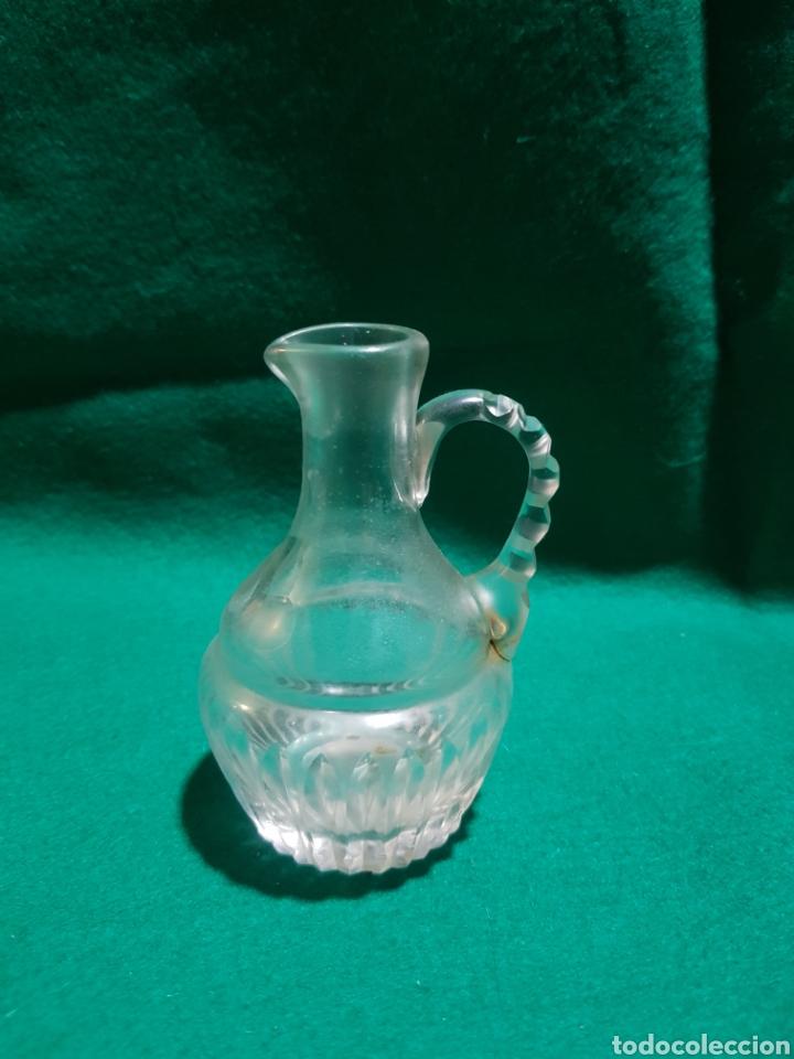 VINAJERA SIGLO XIX DE CRISTAL TALLADO POSIBLEMENTE DE LA GRANJA (Antigüedades - Cristal y Vidrio - La Granja)