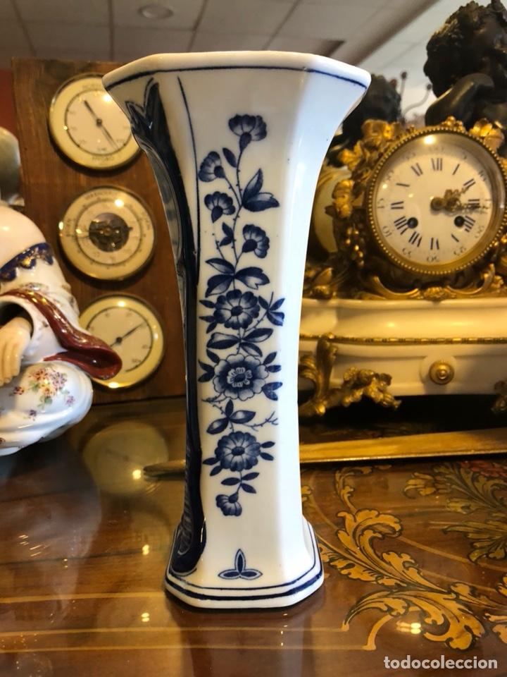 Antigüedades: Jarron Holandés Delft. Pintado a mano. Numerado. - Foto 2 - 128880622