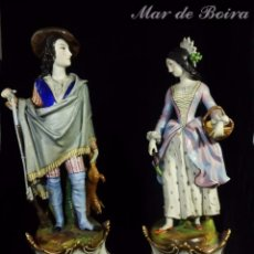 Antigüedades: PAREJA DE GRANDES FIGURAS VIEJO PARIS FINES S XVIII. Lote 128883479