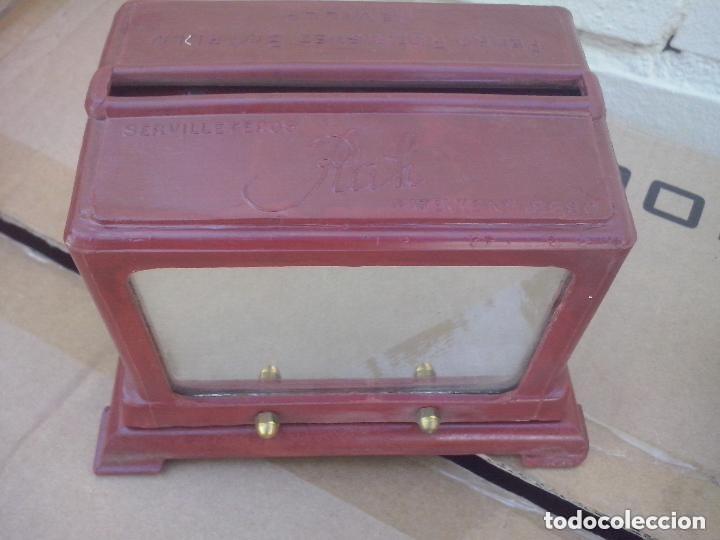 Antigüedades: servilleteros de 2 espejos antiquisimos con publicidad baquelita y bronce - Foto 3 - 128891959