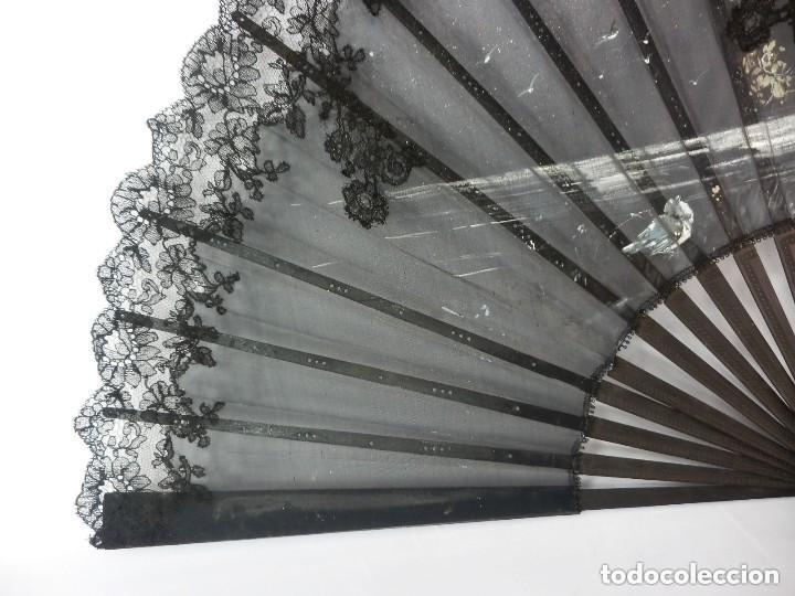 Antigüedades: Precioso abanico pericón Isabelino bordado a mano y pintado a mano. S XIX - Foto 2 - 128916659