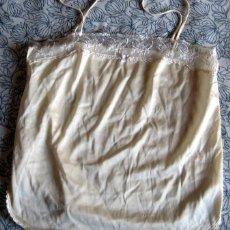Antigüedades: ANTIGUA CAMISILLA CON PUNTILLAS. Lote 128964783