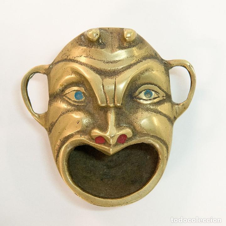 Antigüedades: Conjunto de 3 ceniceros y abre botellas en bronce - Foto 2 - 128990831