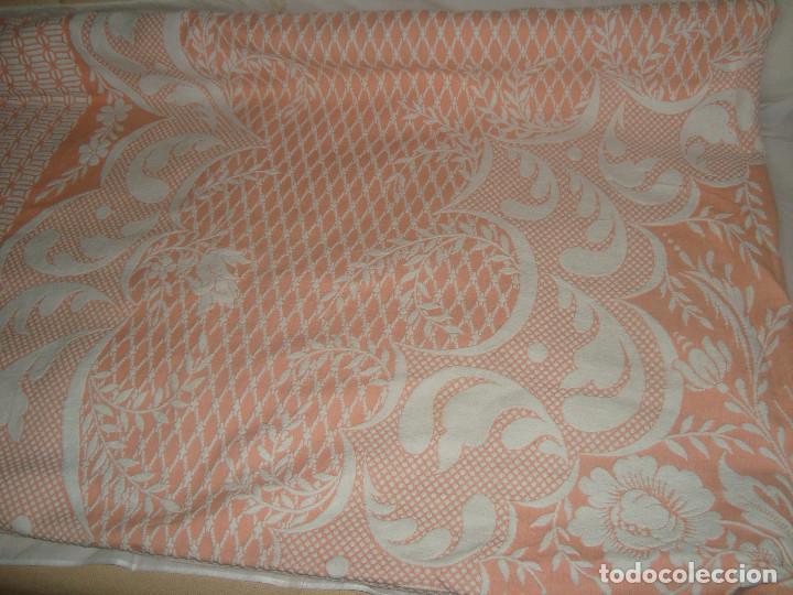 Antigüedades: ANTIGUA COLCHA DE ALGODÓN ROSA Y BLANCO 248cm x 204cm. - Foto 3 - 129008539