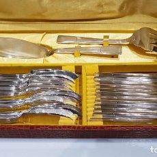 Antigüedades: CUBIERTOS PESCADO PARA 12 PERSONAS CON CUBIERTOS GRANDES BAÑO DE PLATA , PARA SERVIR 26 PIEZAS.. Lote 129020611