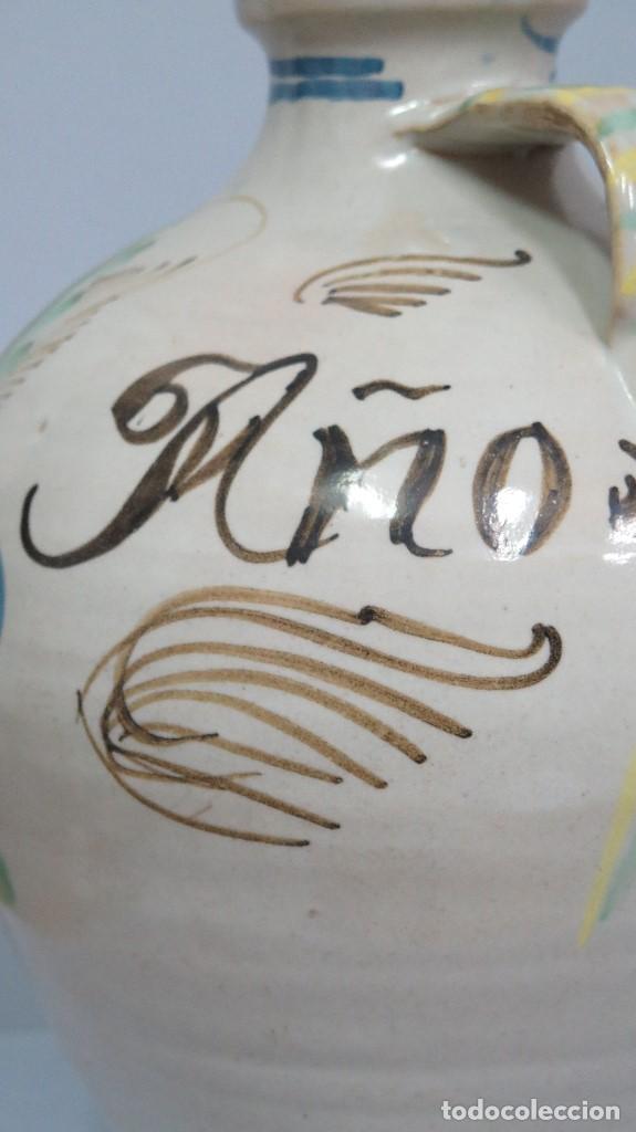 Antigüedades: GRAN CANTARO DE PUENTE DEL ARZOBISPO. RARA MOTIVO HOMBRE FUMANDO. FECHADO 1899 - Foto 3 - 129031507