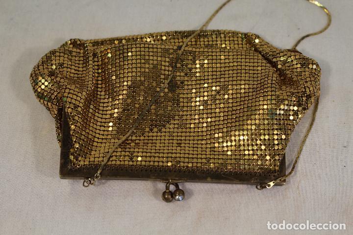 Antigüedades: bolso vintage dorado - Foto 2 - 129047403