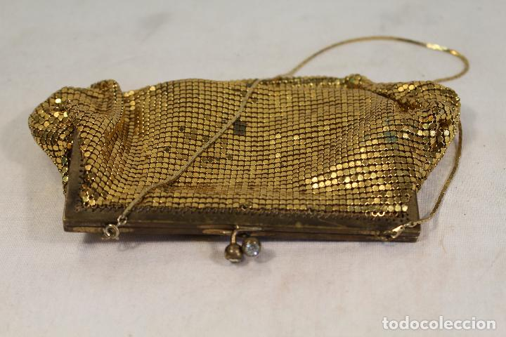 Antigüedades: bolso vintage dorado - Foto 3 - 129047403