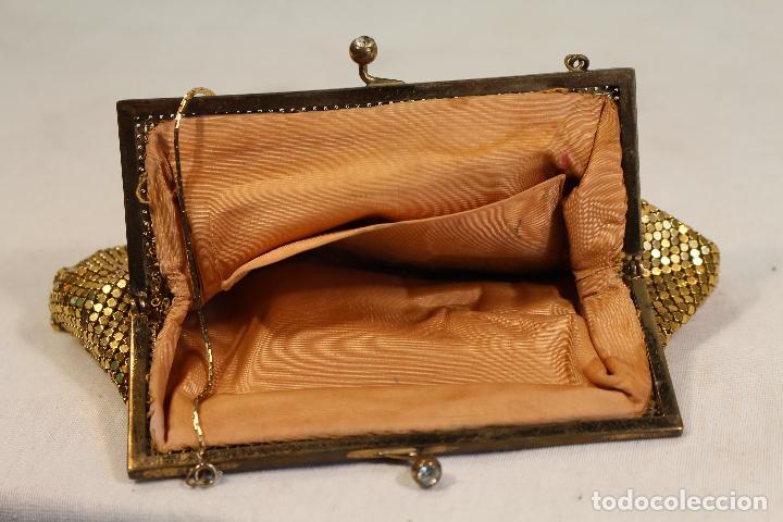 Antigüedades: bolso vintage dorado - Foto 5 - 129047403