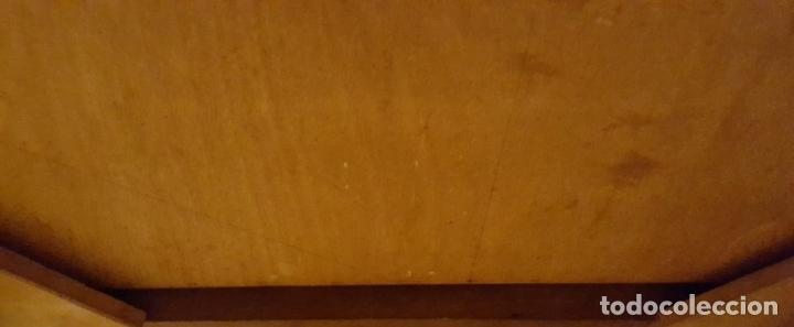 Antigüedades: TOCADOR ESTILO IMPERIO. MADERA DE CAOBA. BRONCE. ESPAÑA. SIGLO XIX. - Foto 19 - 129069923