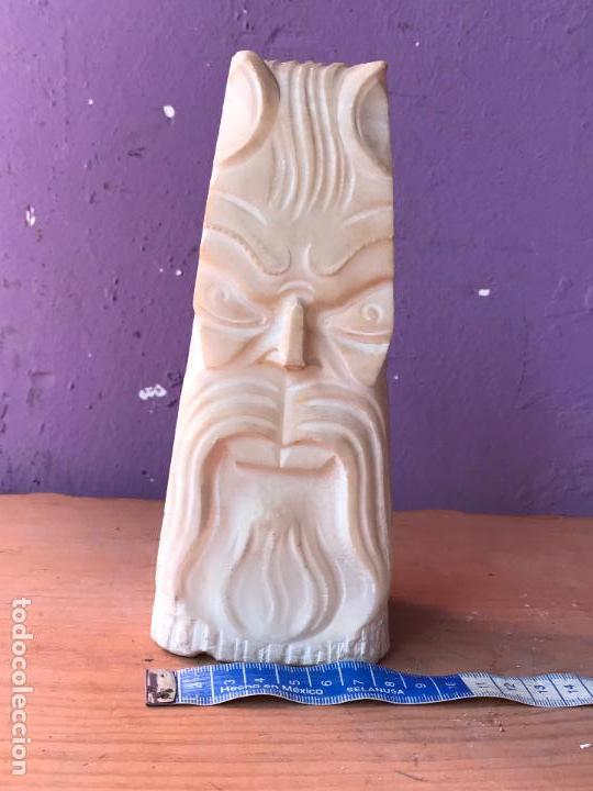 Antigüedades: Pequeño idolo o estatuilla en marmol o similar - Foto 2 - 129072263