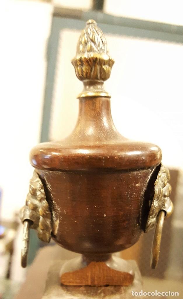 Antigüedades: TOCADOR ESTILO IMPERIO. MADERA DE CAOBA. BRONCE. ESPAÑA. SIGLO XIX. - Foto 20 - 129069923