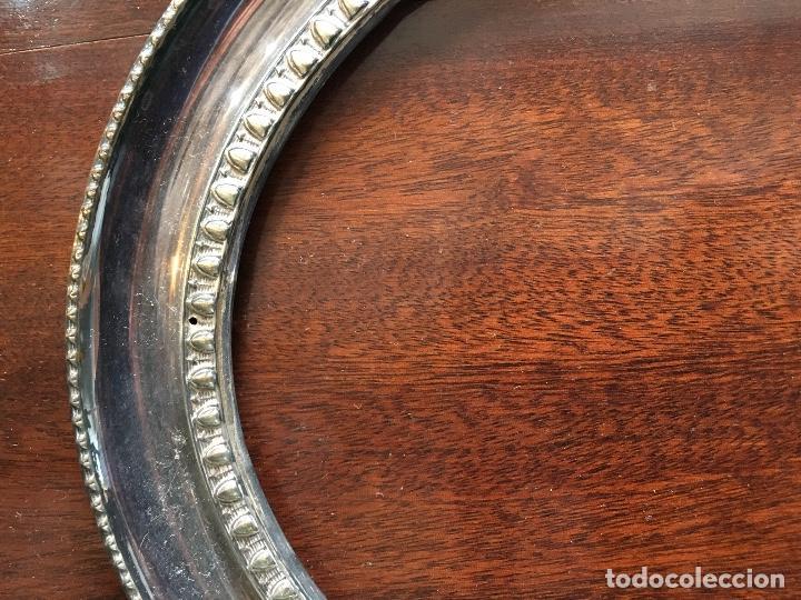Antigüedades: Portarretrato grande plata de ley punzonada - Foto 2 - 129089287