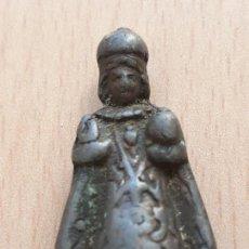 Antigüedades: ANTIGUA FIGURA NIÑO JESUS DE PRAGA HECHA EN PLOMO. Lote 129140355