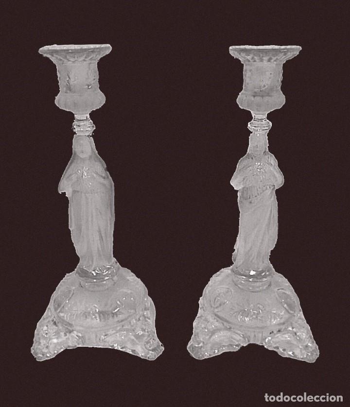 ANTIGUA PAREJA DE CANDELABROS DE CRISTAL DE LALIQUE. PIEZAS DE IGLESIA. 29 CM DE ALTO. UNA MARAVILLA (Antigüedades - Cristal y Vidrio - Lalique )