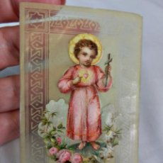 Antigüedades: PRECIOSO RECUERDO DE BAQUELITA POSTAL TROQUELADA NIÑO JESUS. Lote 129171947