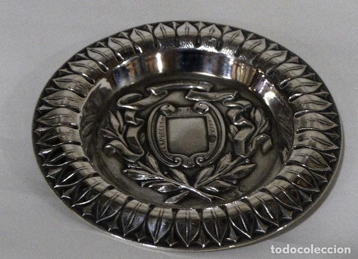 BANDEJA DE PLATA DE LEY PUNZONADA.SELLO DE PLATA Y SELLO PLATERO (Antigüedades - Platería - Plata de Ley Antigua)