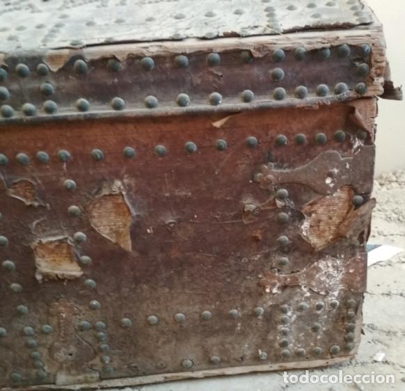 Antigüedades: BAUL O ARCON GRANDE CON PALABRAS EN CASTELLANO ANTIGUO, CAÑIZARES, ARCA COFRE, SIGLO XVII XVIII - Foto 5 - 129192079