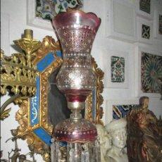 Antigüedades: LAMPARA DE SOBREMESA CRISTAL TALLADO. Lote 129196243