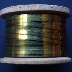 Antigüedades: CARRETES DE HILOS DE ORO 52UNDS. Lote 142830609