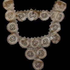 Antigüedades: ANTIGUO PECHERÍN DE ENCAJE DE IRLANDA - PRINCIPIOS S.XX. Lote 129303415