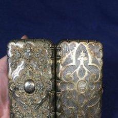 Antigüedades: ESTUCHE FUNDA GAFAS TARJETERO PLATA FRANCESA S XIX FLORES . Lote 129306959